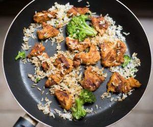 Spanish Chicken and Cauliflower Rice